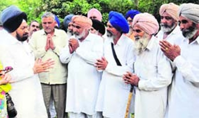 Gujarat Sikh farmer