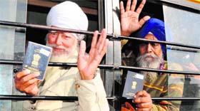 Sikh pilgrims to pakistan